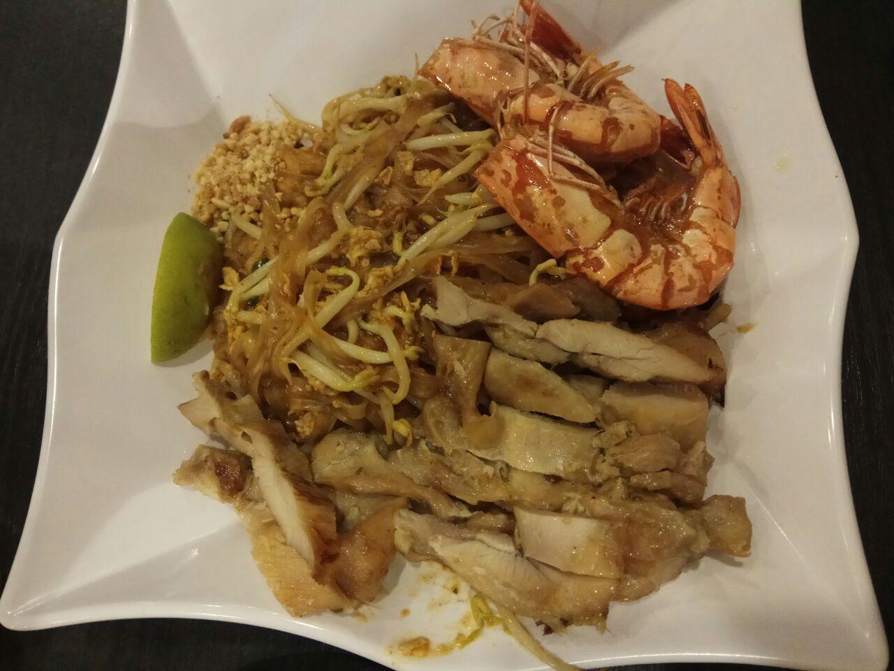 Phad Thai 7.9nett Add Chicken +2