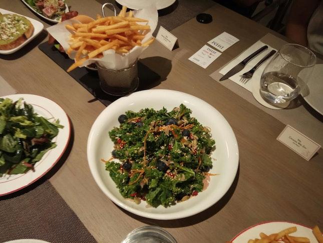Superfood Salad (Ange Cafe)