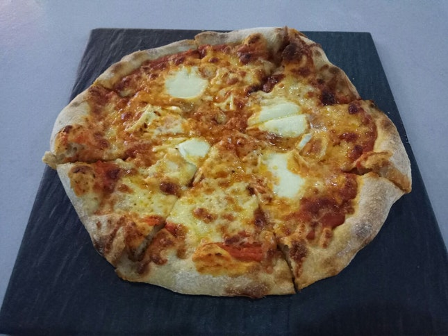 Arlandria 12nett Tomato Sauce, Smoked Mozz, Brie, Gruyere, Mozz