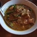 Green Curry Kampong Chicken 32++