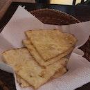 Cheese Garlic Naan 4++