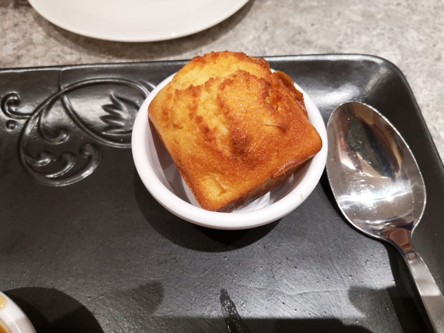 Corn muffin (comes with every set)