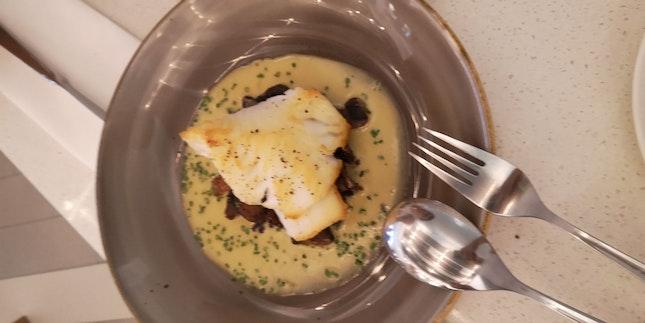 Chilean Sea bass (Lunch 35/43 Menu +6++)