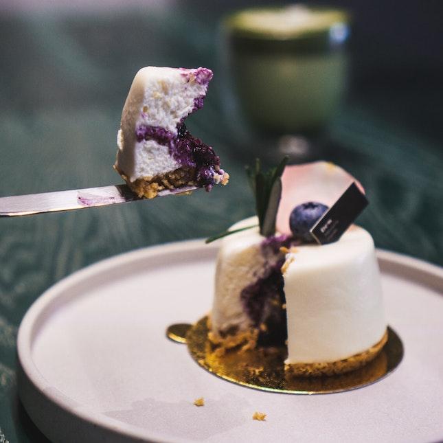Blueberry & Camembert Cheesecake (RM19)