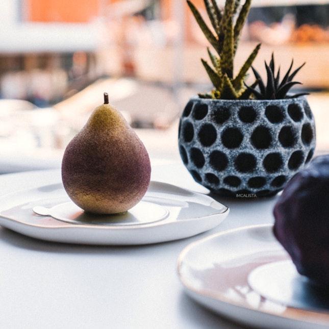 Pear (RM21)