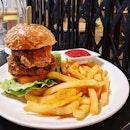 Crispy Chicken Burger w Fries ;) #cafehoppingsg #fluffyunicorn🦄 #2018❤️ #throwback #burpple #burpplesg