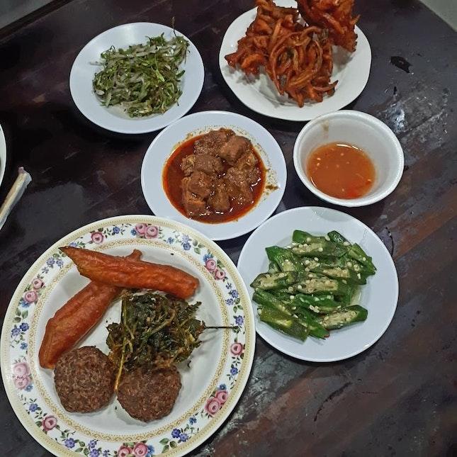 Myanmar Delicacies