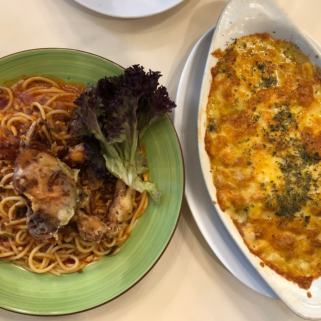 Chilli Crab Pasta & Truffle Mac And Cheese ($15-16)