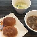 Soup de maison w/hard roll & butter