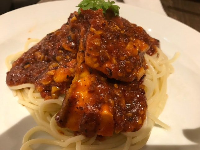 Spicy 🌶 Salmon Pasta