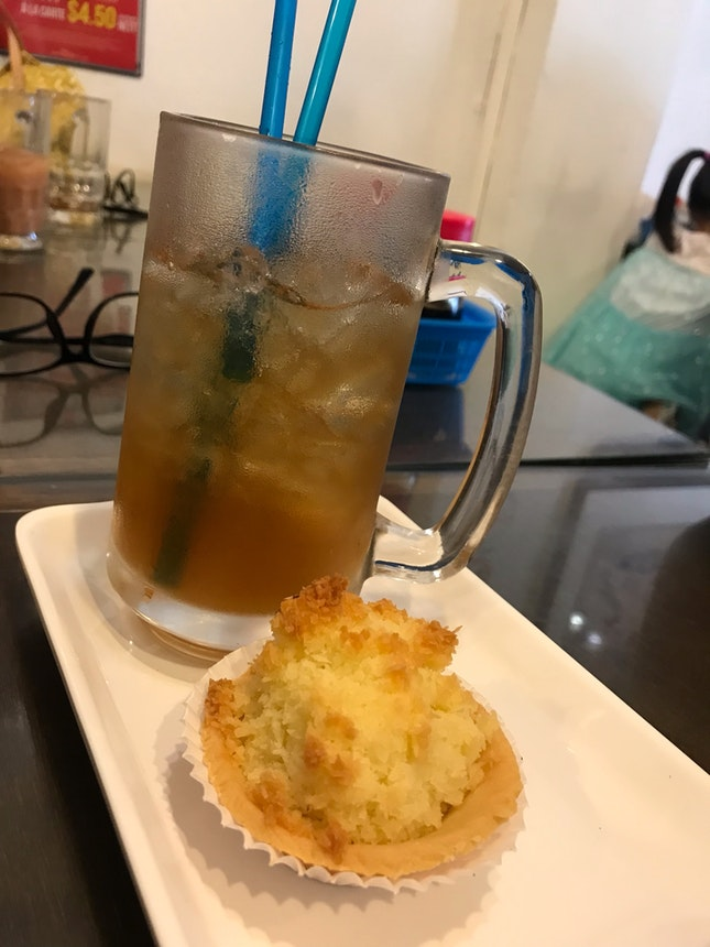 Coconut Tart And Lemongrass Tea