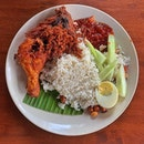 Had Village Park's nasi lemak with fried chicken and it was good!