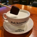 dal.komm COFFEE (Marina Square)