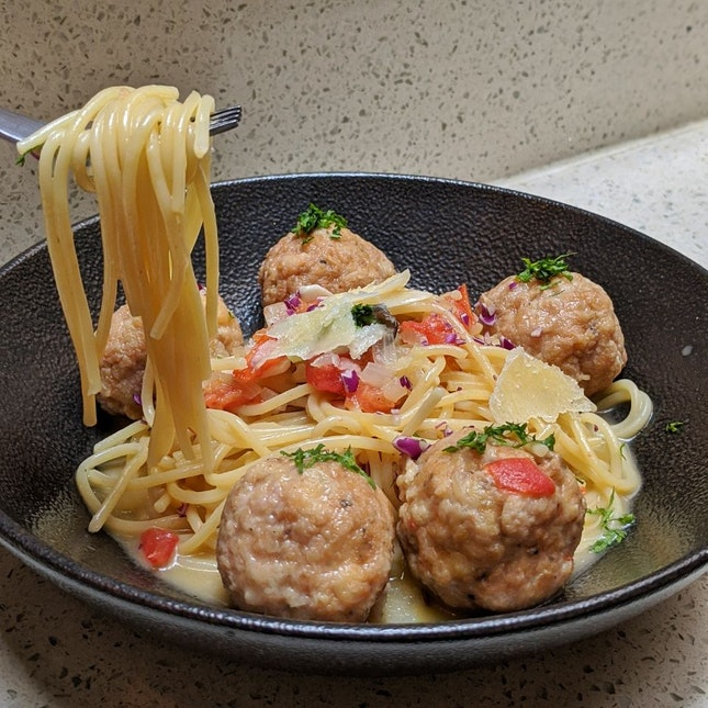 Chicken Meatball Pasta