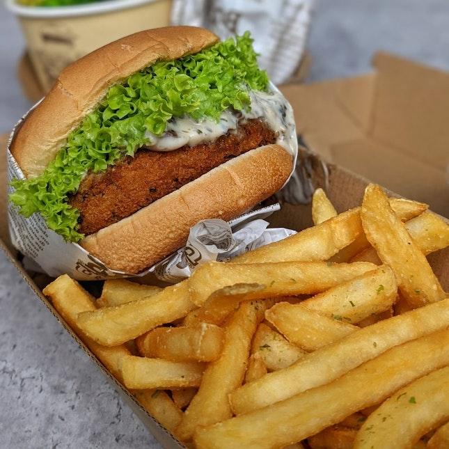 Creamy Mushroom Burger With Seaweed Fries Set ($10.90+$3.90)