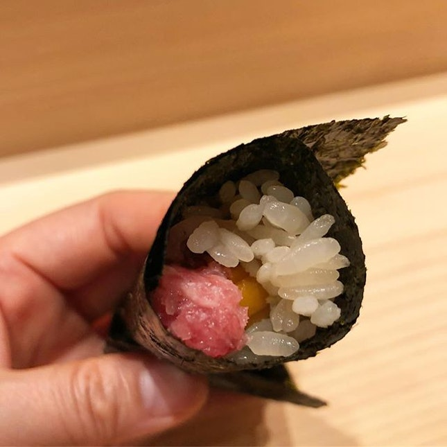 Toro handroll with bits of chopped kanpyo.