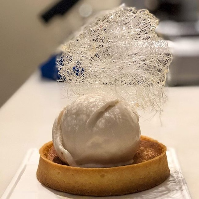 Almond tart with oolong rose ice cream.