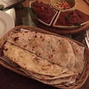 Craving for some Indian food: Garlic naan, level 4 mutton Marsala and level 3 chicken curry #burrple