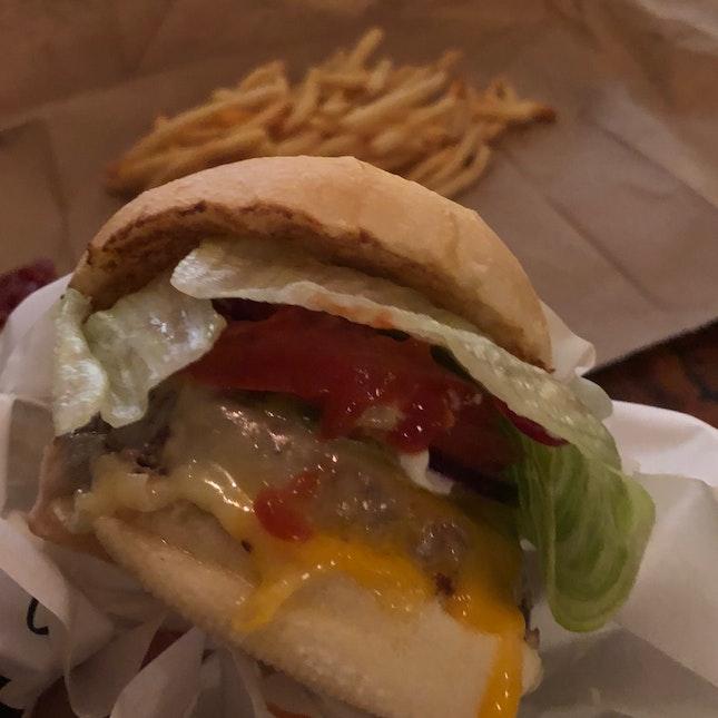 Cheeseburger ($17.80)