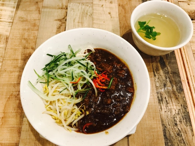 Braised meat noodle