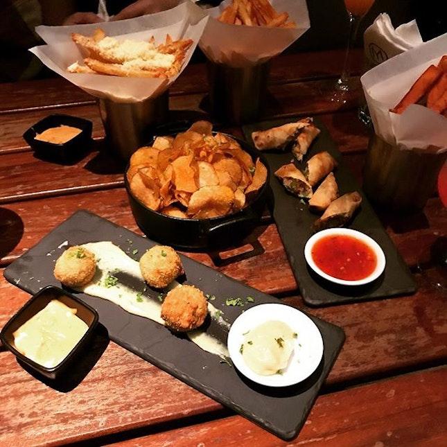 Bar food!