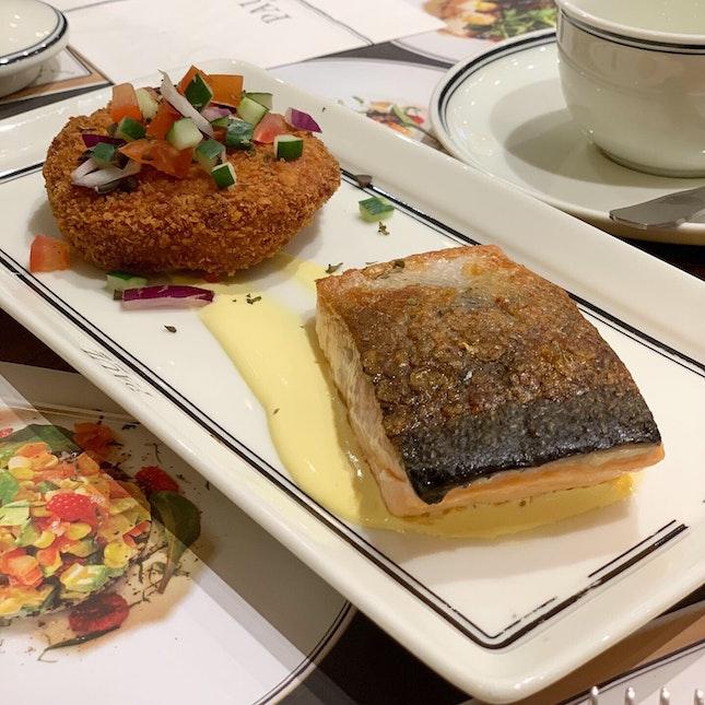 Panfried Salmon Fillet