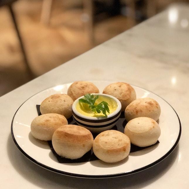 Signature Dough Balls ($5): SO HOT AND YUMMY!!!