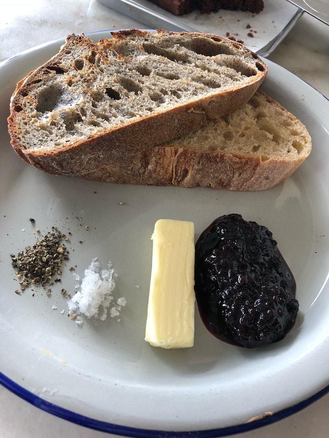 Bread/Pastries