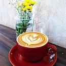 拿铁。 #coffee #caffelatte #caffeine #coffeeart #coffee #thedailypresscafe #sgig #igsg #cafes #sgfoodie #instacoffee #싱가포르#instafood #foodporn  #gastronomia #daily #라떼 #foodgasm #influencer #foodinfluencer #kopi #sgcoffee #sgcafes #burpplesg #burpple #latte