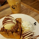 BKK 必吃!#musteat @afteryoudessertcafe #aroimakamak 😋😋😍😍 Baby Ferrer0 T0ast x Iced 🌹 Cappucin0 ☕️🍴 • • • • • • • • • • #afteryoudessertcafe #cafehopping #cafehoppingbkk #cafebkk #foodporn #foodspotting #foodie #dessertsftw #yoloeat #burpple#centralworld #alexizumitravels #十年婚姻快樂 #wetraveltoeat #izumifooddiary