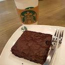 "☕ & mudslide br0wnie 👌 n0t t00 sweet with a ""crispy"" layer up0n heating 😅😅 n0t t00 sure hw t0 describe it but w0rth é try anyways • • • • • • • • • • #mudslidebrownie #starbucks #starbucksg #starbucksmood #cafehopping #cafehoppingsg #cafesg #sgcafes #sgcafefood #sgfood #sgfoodie #sgfoodies #sgeats #sgeatout #sgig #igsg #foodporn #foodspotting #foodinsing #foodie #dessertsftw #8dayseat #jiaklocal #burpple #tslmakan #swweats #hungrygowhere #weeloysg #yoloeat"