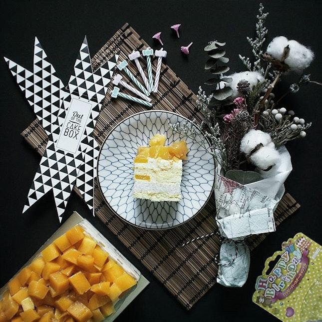 Mango Sticky Rice Cake [$6].