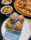 [Club Meatballs] - The crust of the Mac and Cheese Balls ($12) was well done and remained crusty even after a while but what's lacking I feel is that highly anticipated ooze that is very much associated with Mac and Cheese, that usually drives the craving.