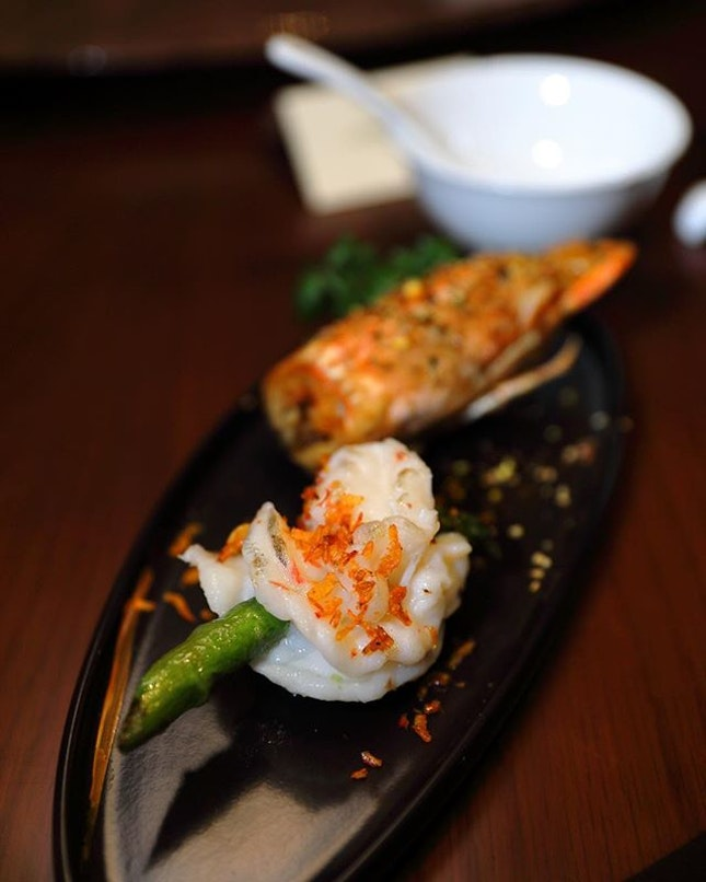 [Blossom] - The Sauteed Tiger Prawn with Asparagus ($34 per pax) is topped with Japanese Sakura Ebi.