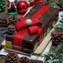 [Conrad] - This year, Conrad Centennial Singapore celebrates the Christmas season with their tantalising selection of festive logcakes.