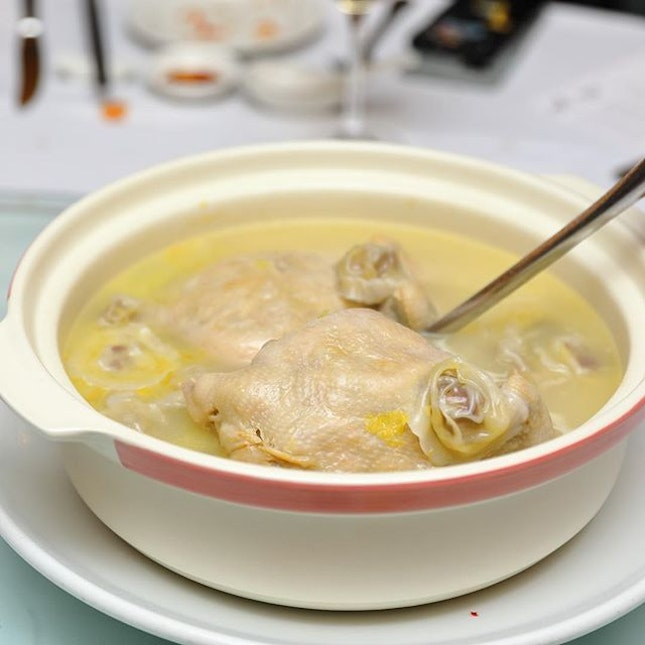 [Min Jiang One North] - Available for takeaway at Min Jiang One-North and good for six pax is the Double-boiled Whole Chicken stuffed with Bird's Nest and Duck Foie Gras Dumplings ($308.15).