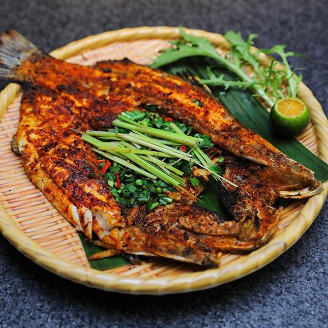 [Yunnans] - The restaurant has opened its 2nd outlet at Westgate level 3, one of my favourite items is this grilled fish dish.