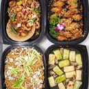 [Stamford Catering] - Homegrown halal-certified buffet catering provider, @stamfordcatering has been providing Singaporeans with quality food and service for over two decades.