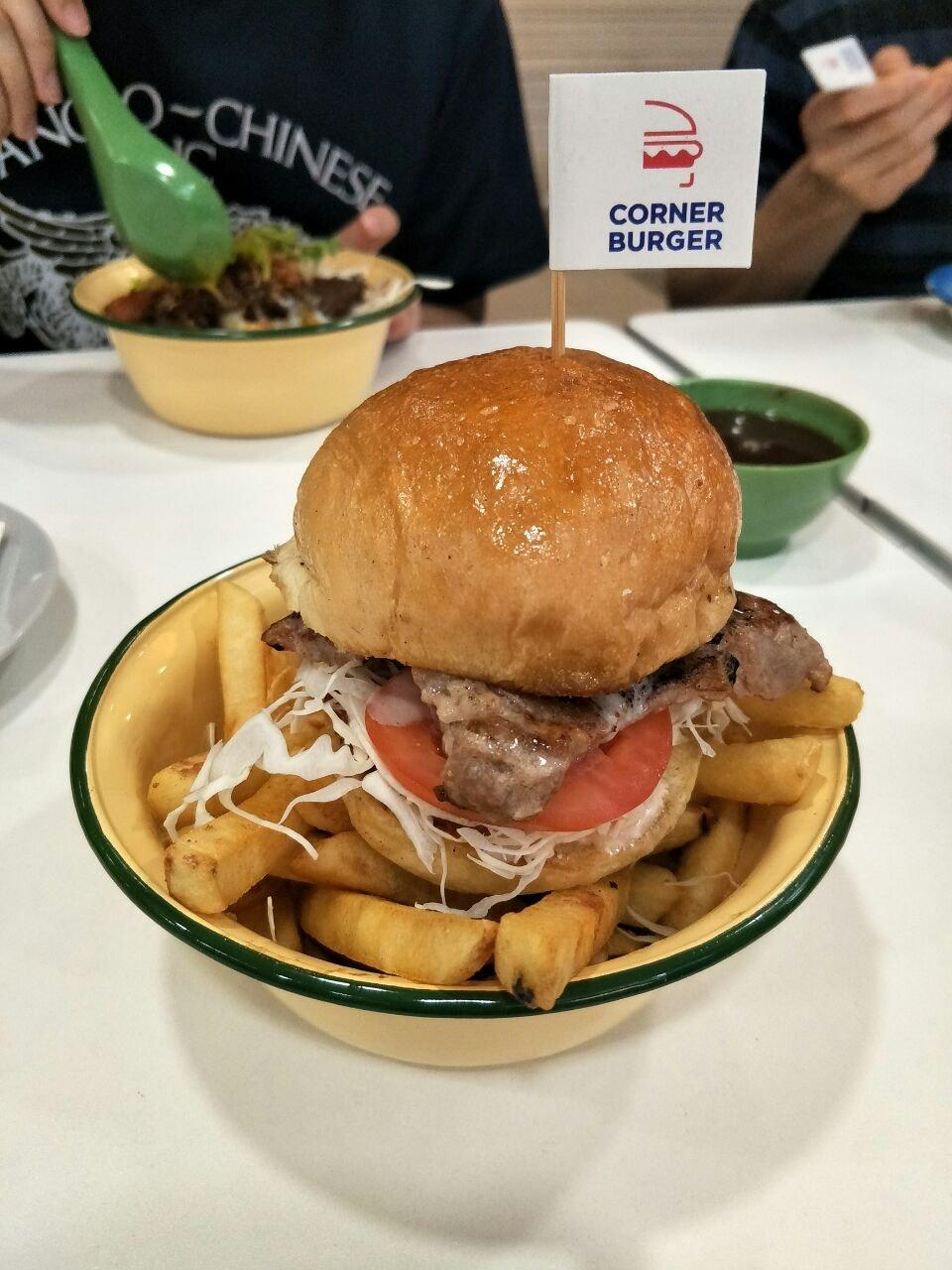 Kampung Bowl Corner Burger