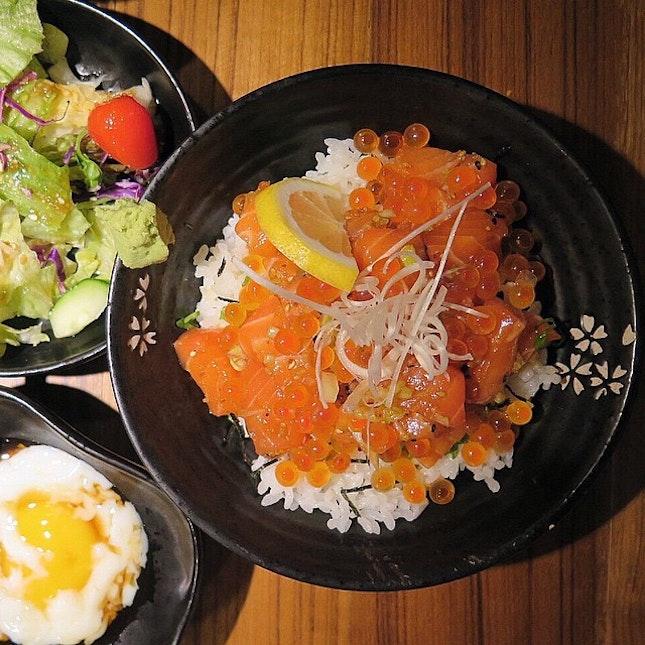 Salmon And Roe Donburi $17+