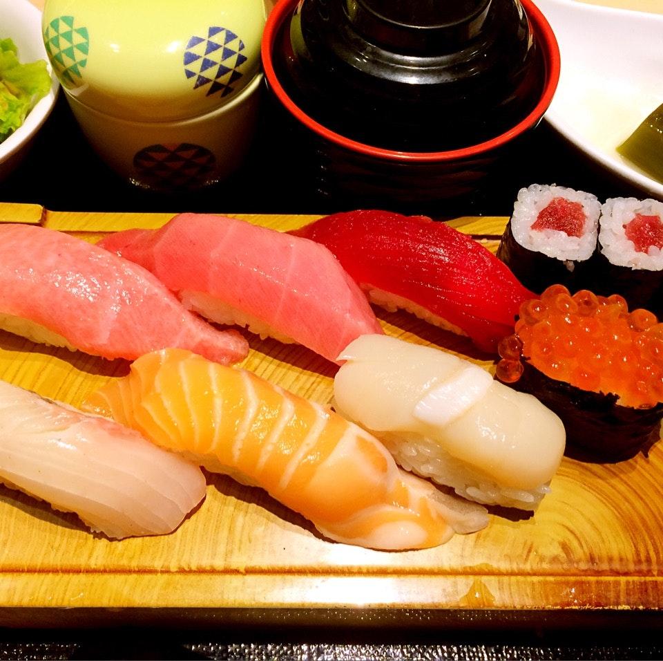 Ume Sushi Gozen ($38++)