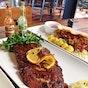 Bluegrass Bar & Grill