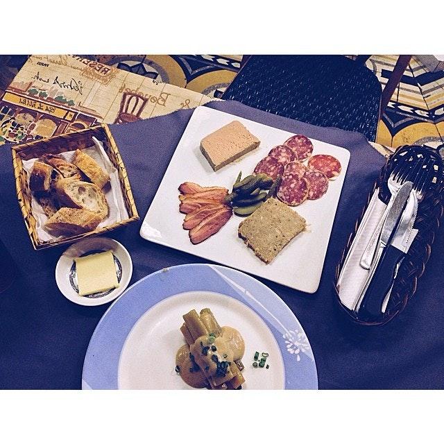 #french #food #frenchfood #nogimmic #real #good #lovefood #lifeisdeliciousinsingapore #instadaily #igsg #singaporefood #sinstagram #sgfood #foodphotography #foodbloggerhere #foodreviewssg #foodspotting #foodnation #foodcoma #yummy