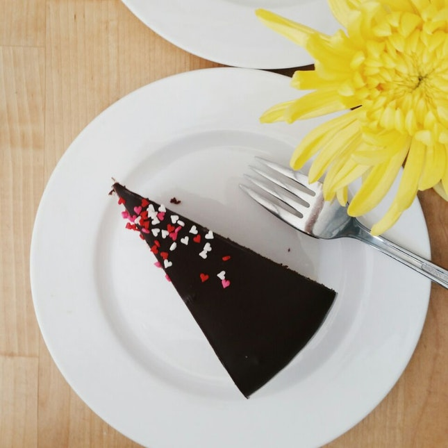 Red Velvet Cake By TFBB