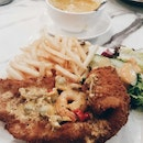 Old Style Fish N Chips With Tom Yum Sauce