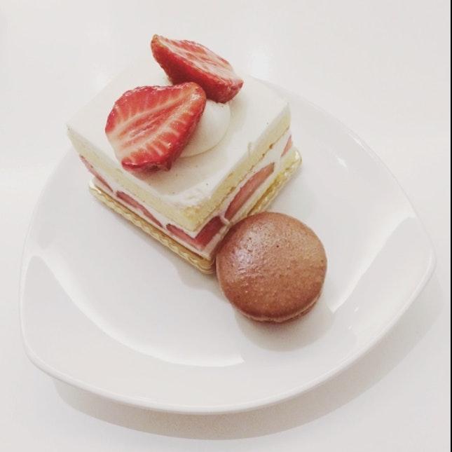 Strawberry Shortcake + Chocolate Macaroon