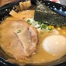 Having #SapporoMisoRamen #ToriKarrage (3pcs) #HotGreenTea from #MenyaRyu stall as my #lunch.
