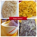 Palitaw + Palabok + Halo-halo + Ube bread = Happy Noypi 😄😄 #food #foodgasm #foodporn #pinas #igers #iphone #itsmorefuninthephilippines #instapic #instacool #iphonesia