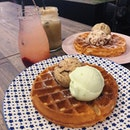 Double Scoop Gelato Waffle With Drink ($20.10).