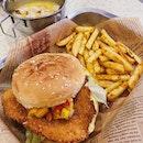 Fish crisp with tropical salsa burger ($5.80/A La Carte, $7.80/set).